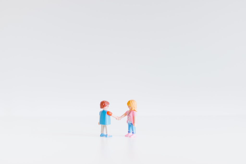 Eine einvernehmliche Scheidung ist oft der beste Weg um jahrelangem Streit und hohen Kosten aus dem Weg zu gehen.